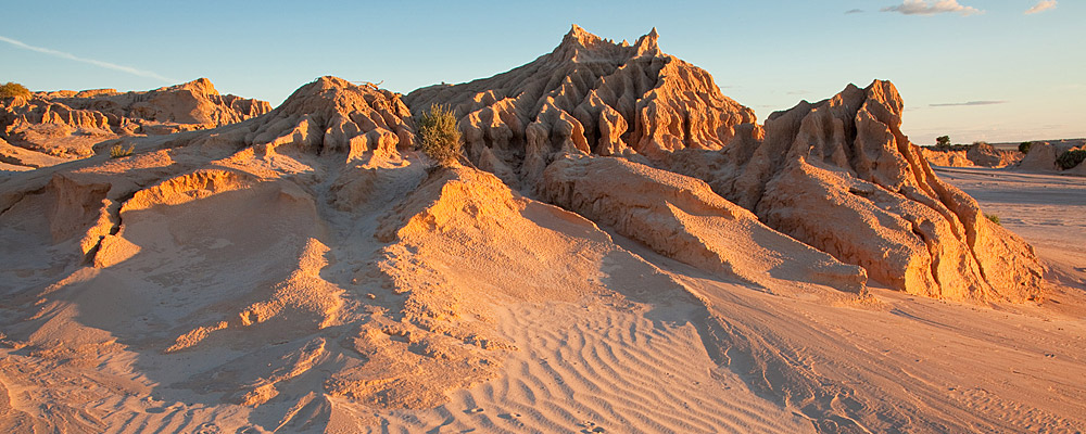 Mungo National Park Tours Broken Hill to Sydney 4 days