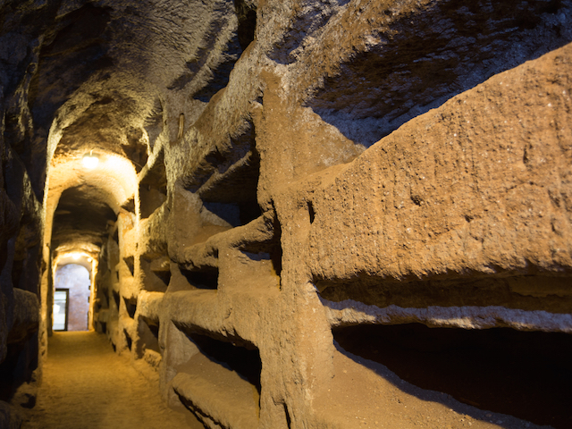Underground Rome: Ancient Catacombs and Secret Temples photo 2