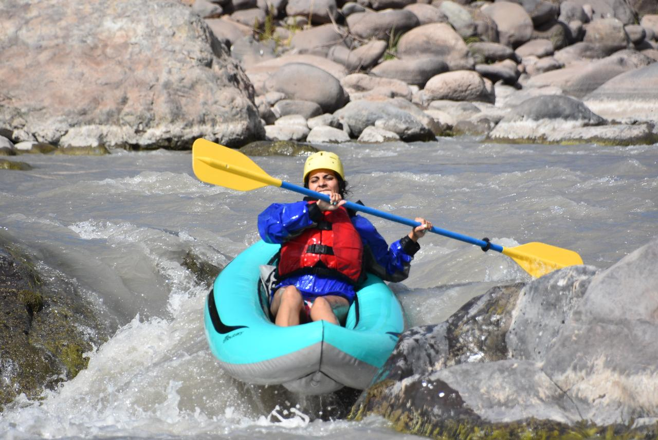 Ducky (inflatable kayak) Medio-dia/half-day