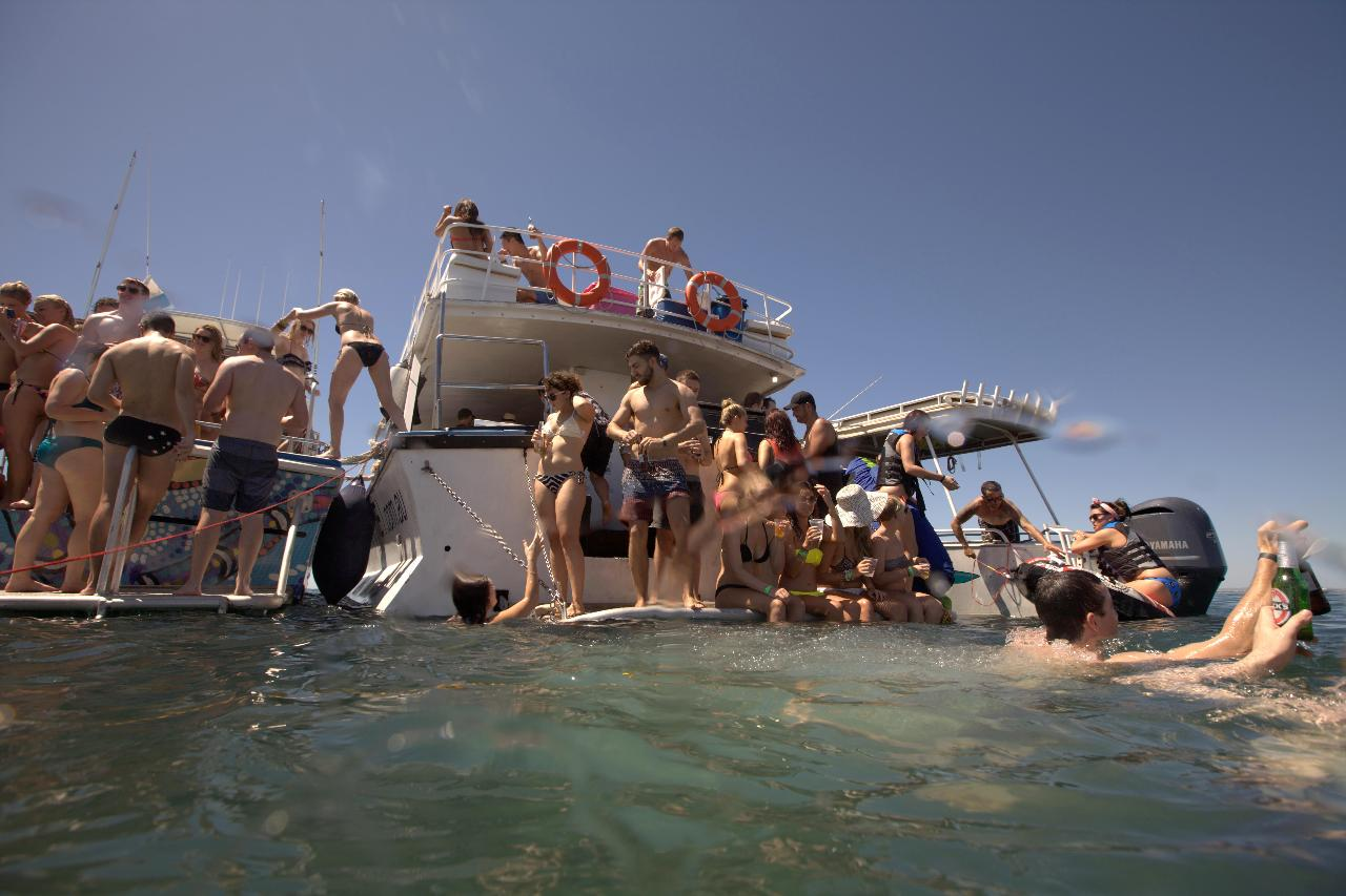 LEAVERS THREE DAY PRIVATE CHARTER TO ROTTO