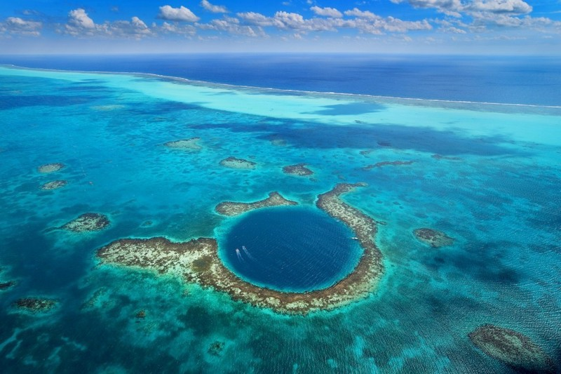 The Great Blue Hole & Lighthouse Reef Atoll Snorkel
