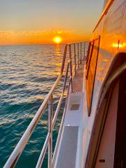 GIFT CARD - Half-Day Sunset, Seafood & Pearling Cruise