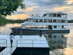 The Eatery Dinner & Cruise (Luxury Deck)