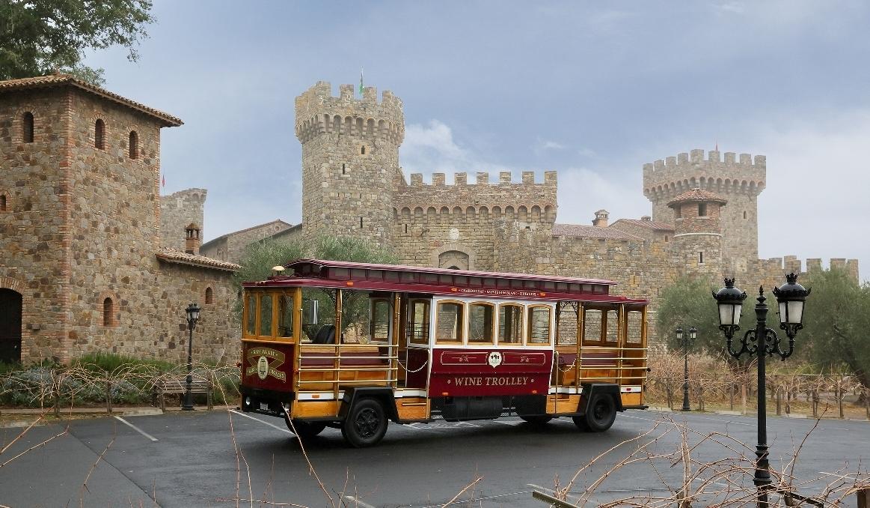 Premium Up Valley Castle Trolley Tour