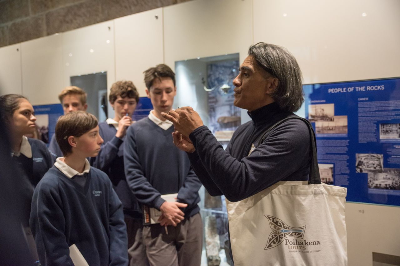 Poihākena tours: stories of Māori in Sydney. Primary and Secondary school groups.
