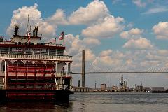 Savannah Waterfront: City Exploration Game