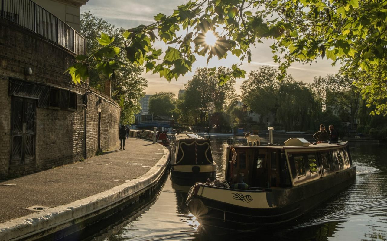 London Private Tour: Little Venice Canals & Gardens City Game