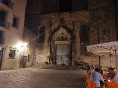 Haunted Barcelona: City Exploration Game & Tour
