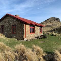 Packhorse Hut guided Day tour- From Christchurch