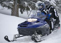 Grand Touring Snowmobile: 2 Hour Rental  (2 seater)