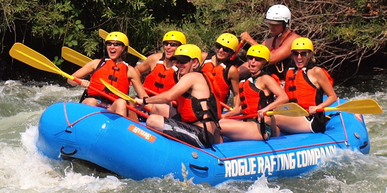HALF-DAY ROGUE RIVER RAFTING TRIP