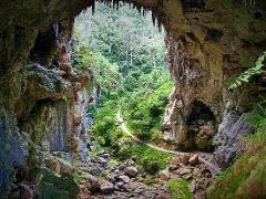 Jenolan Caves Blue Mountains And Kanangra walls Look out 4WD Day Tour