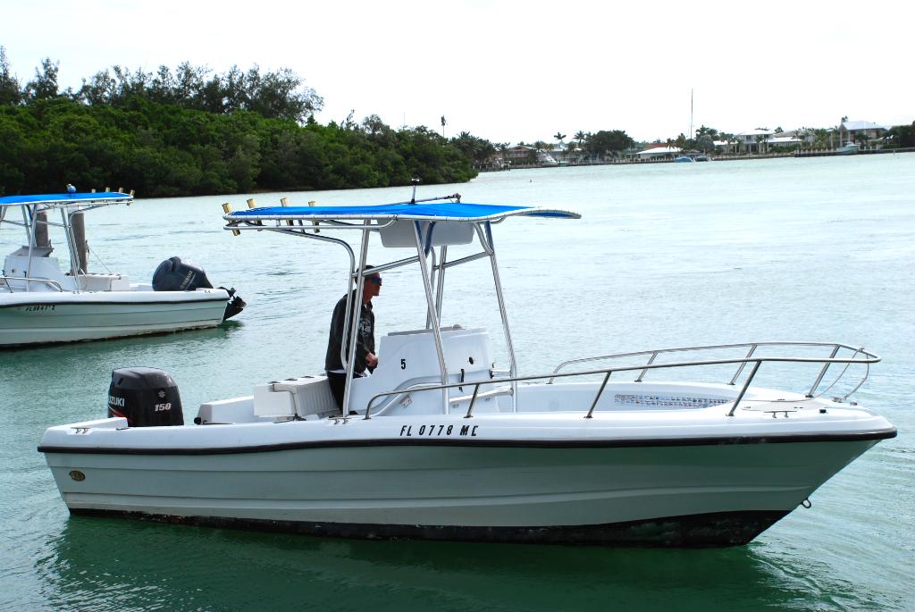 21' Triumph CC w/ 150 HP 4-Stroke (Boat 5)