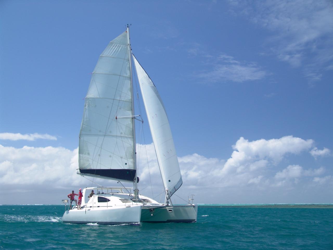 Resident Rates 2021/22 - Fun Full Day Cruise - Blue Alizé (Sharing Basis)