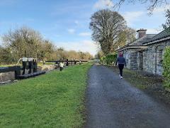 THE ROYAL CANAL AMBLER    SELF-GUIDED WALKING HOLIDAY