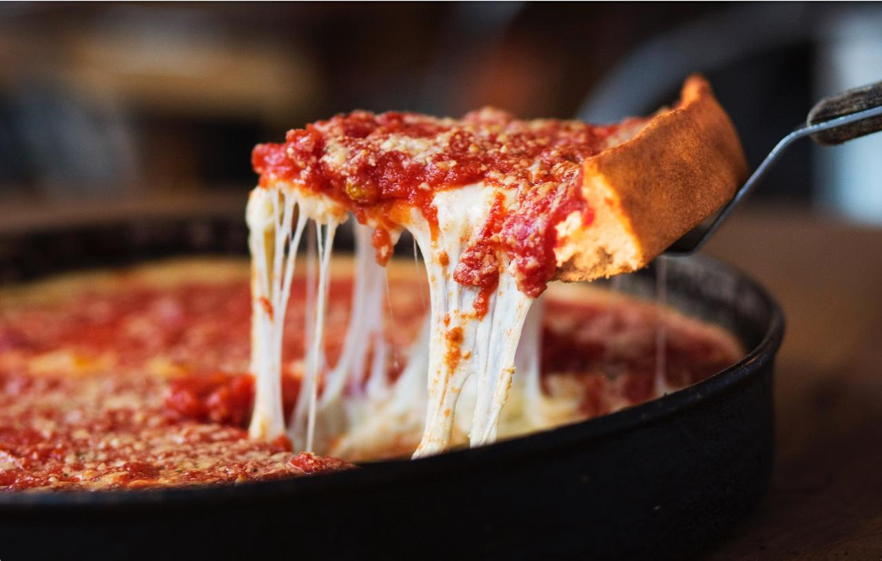 11:30am Self-Guided Deep Dish Pizza Tour