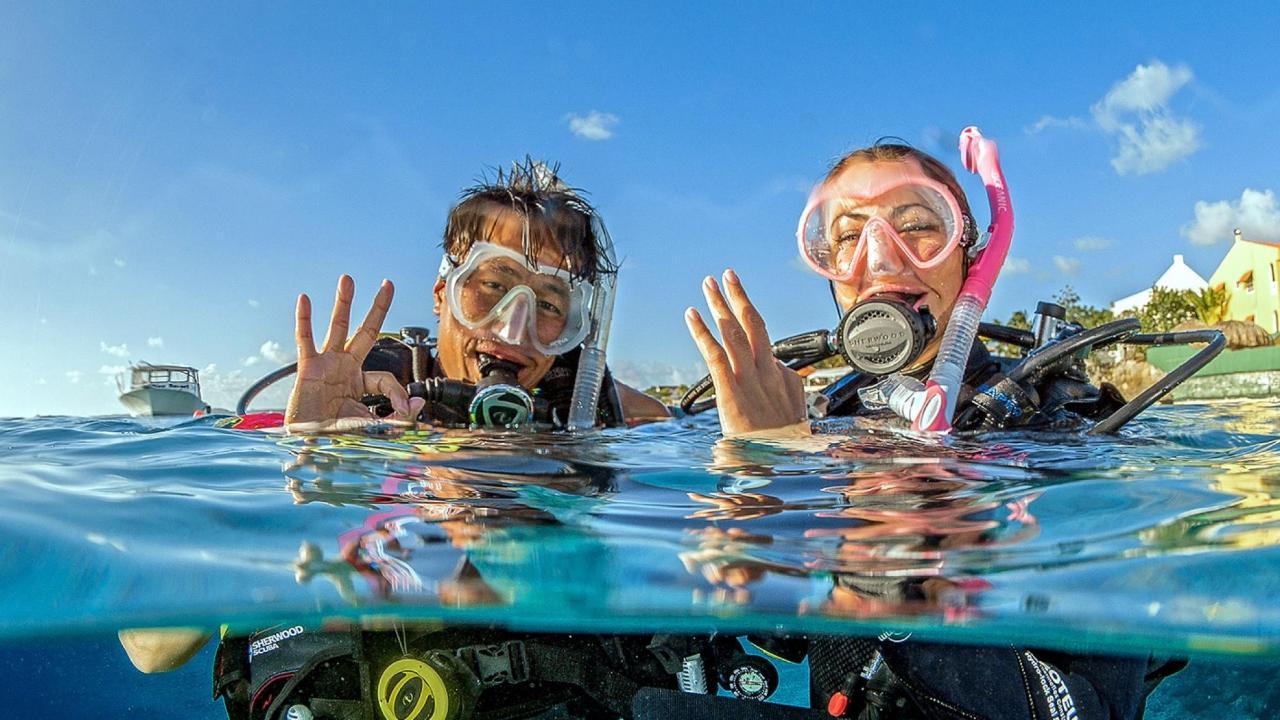 Wave Break Island Discover SCUBA Diving Tour