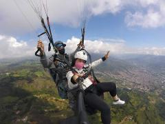 Medellin Paragliding 2.5 hour tour - 15-20min flight