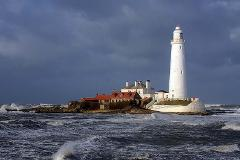 St Mary's Lighthouse - 4-Hour Seascape, Nature & Editing Workshop