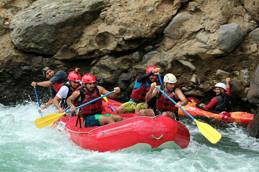 Costa Rica Whitewater Rafting Balsa River Class 2-3 with Traditional Lunch
