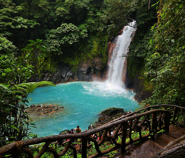 Rio Celeste National Park Guided Hike (Blue River)