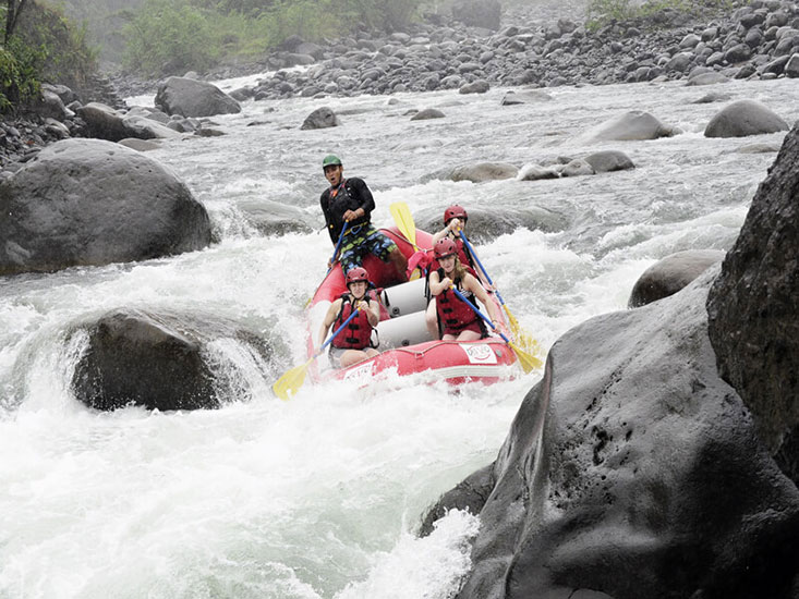 Whitewater Rafting Class 3-4 Jungle Run