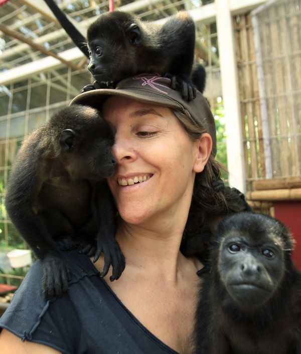 Animal Rescue Center, Chocolate Lady and Waterfall - Puerto Viejo Tour