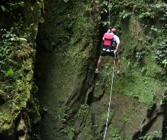 San Jose to Arenal/LaFortuna + Gravity Falls Waterfall Jumping