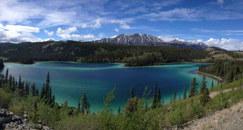 6 HOUR EMERALD LAKE TOUR