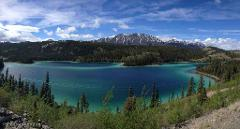 LUXURY LIMO VAN 6 HOUR EMERALD LAKE TOUR