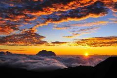 Shaka Guide Maui Sunrise at Haleakala National Park Driving Tour