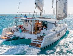 Private Tour: 5-Hour Day or Sunset Caldera Cruise with Luxury Catamaran