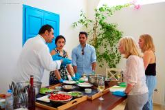 Wine and Food Lovers: Santorini Cooking Class and Wine-Tasting Tour
