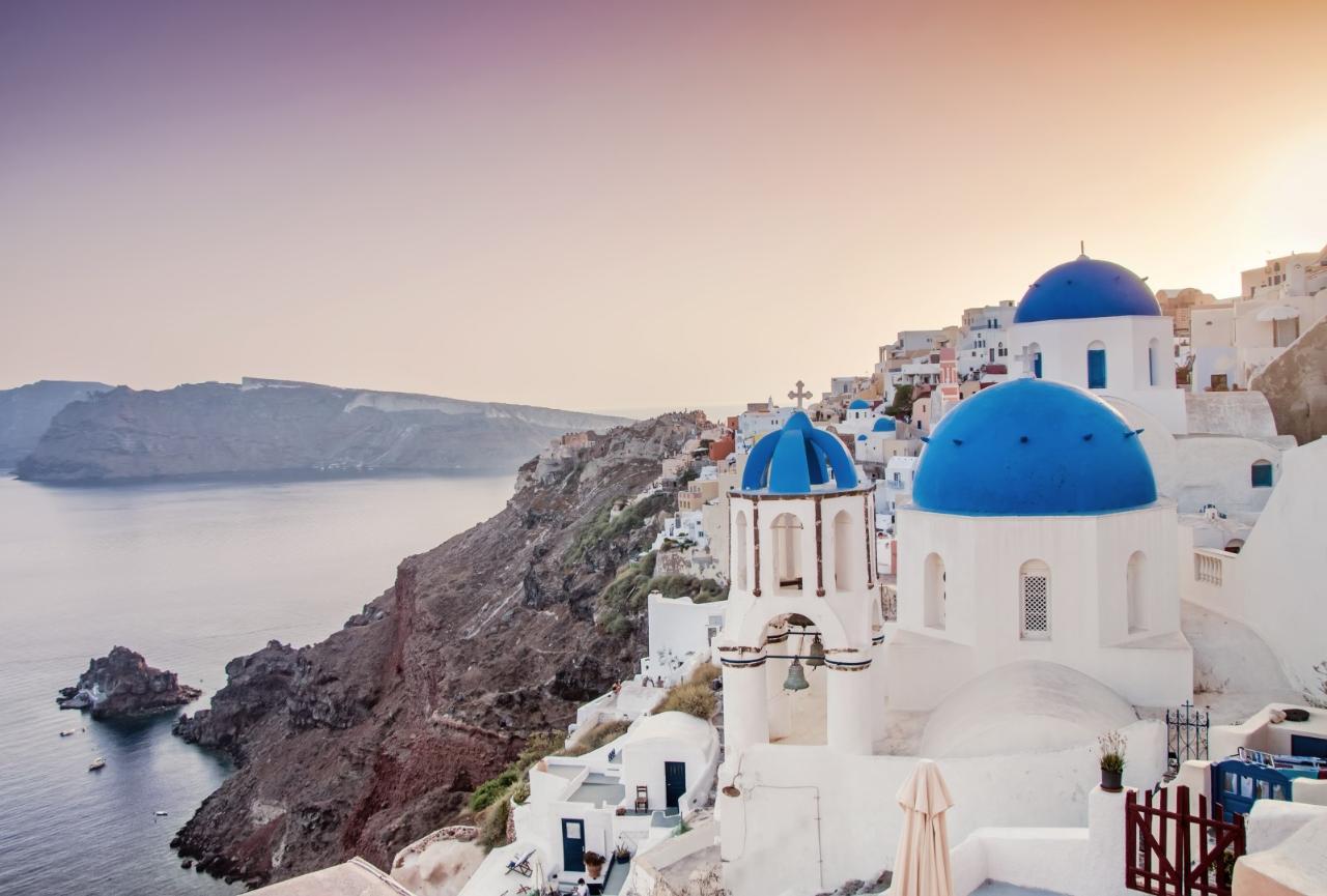 Amazing Santorini: 8-Hour Private Tour
