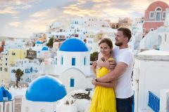 Santorini in a Day: Half of Full-Day Private Custom Tour of Santorini