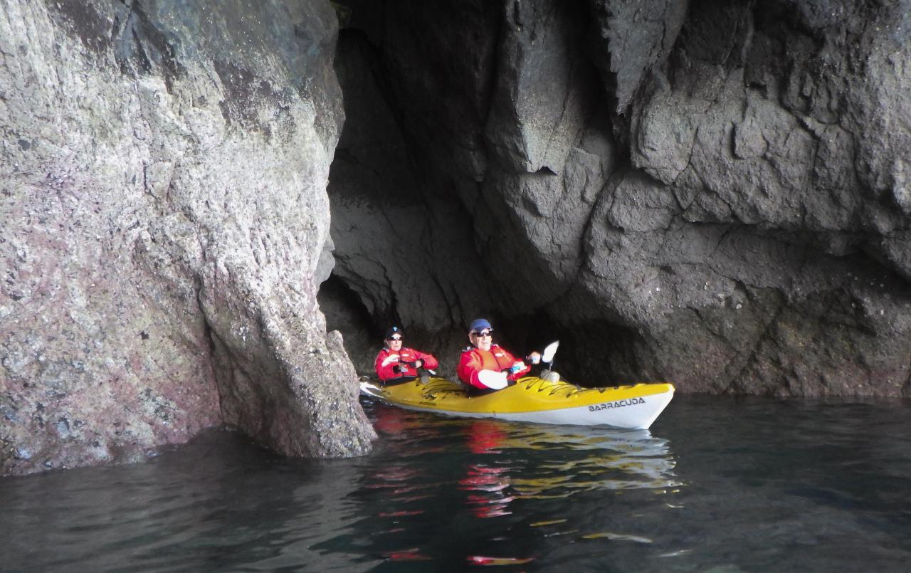 Caves and Coves and a bit more Tour
