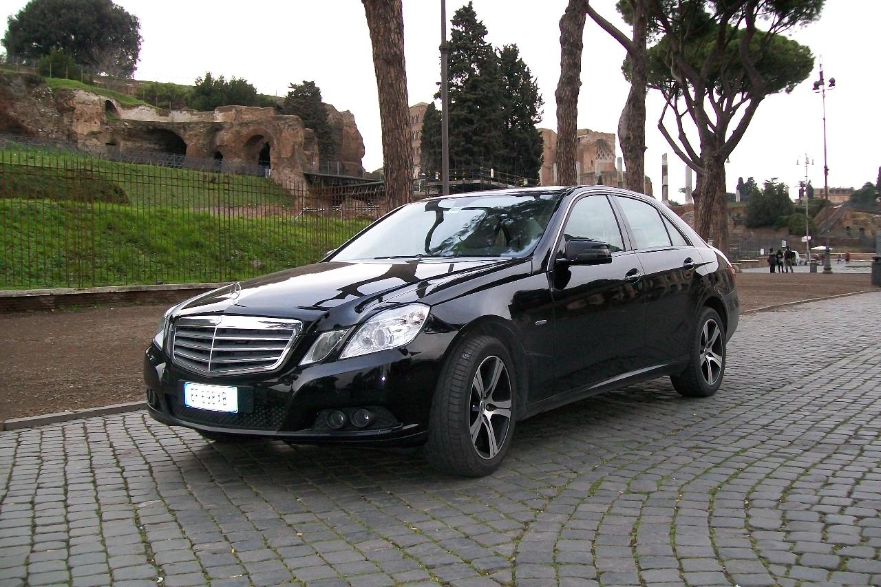 Private Car Transfer: Rome Termini Train Station - Rome City Center