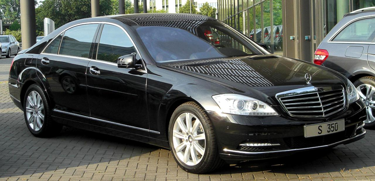 Private Car Transfer from Rome Fiumicino Airport to Rome City Center