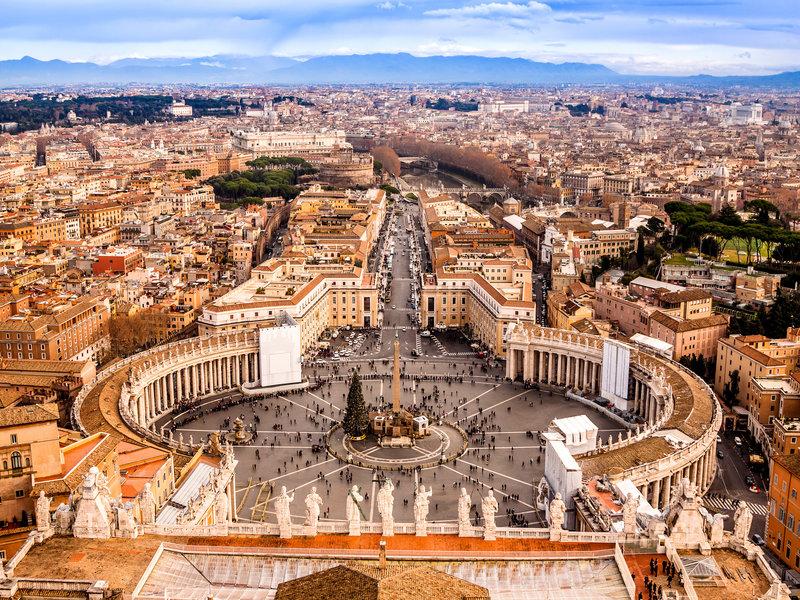 Vatican Museums, St. Peter's Basilica & The Sistine Chapel No-Wait Tour, Semi-Private