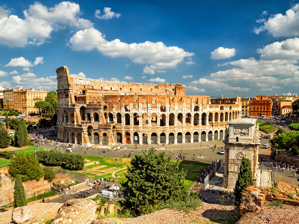 Group: Colosseum, Roman Forum and Palatine Hill - Private Guide with Skip the Line Entry