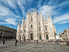 Milan Walking Tour Including The Duomo And Cocktails and Snacks
