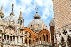 St. Mark's Basilica and Doge's Palace Tour: Large Group