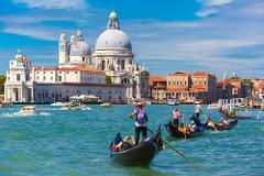 Spectacular Gondola Private Tour - 1 Hour