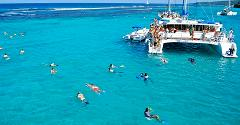 Catamaran Dunns River Day Cruise & Snorkeling from Runaway Bay