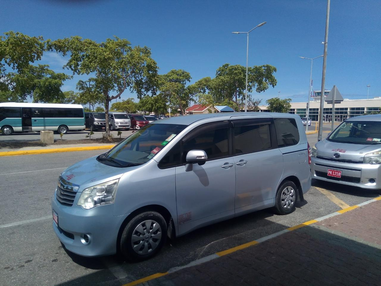 Private Airport Transfer - Montego Bay Airport (MBJ) to Negril Hotels