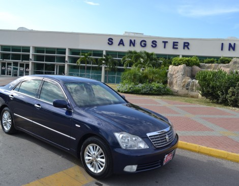 Shared Airport Transfer - Montego Bay Airport to Runaway Bay & Ocho Rios Hotels
