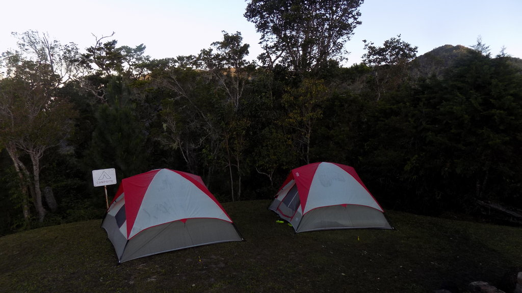 Hike & Camp in The Blue Mountains from Kingston