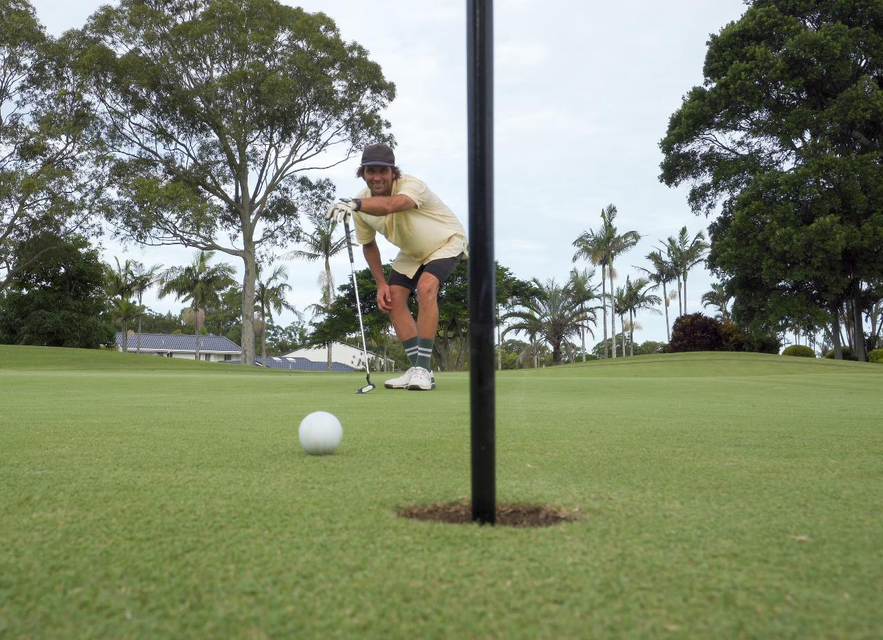 9 Holes Golf & Transfers