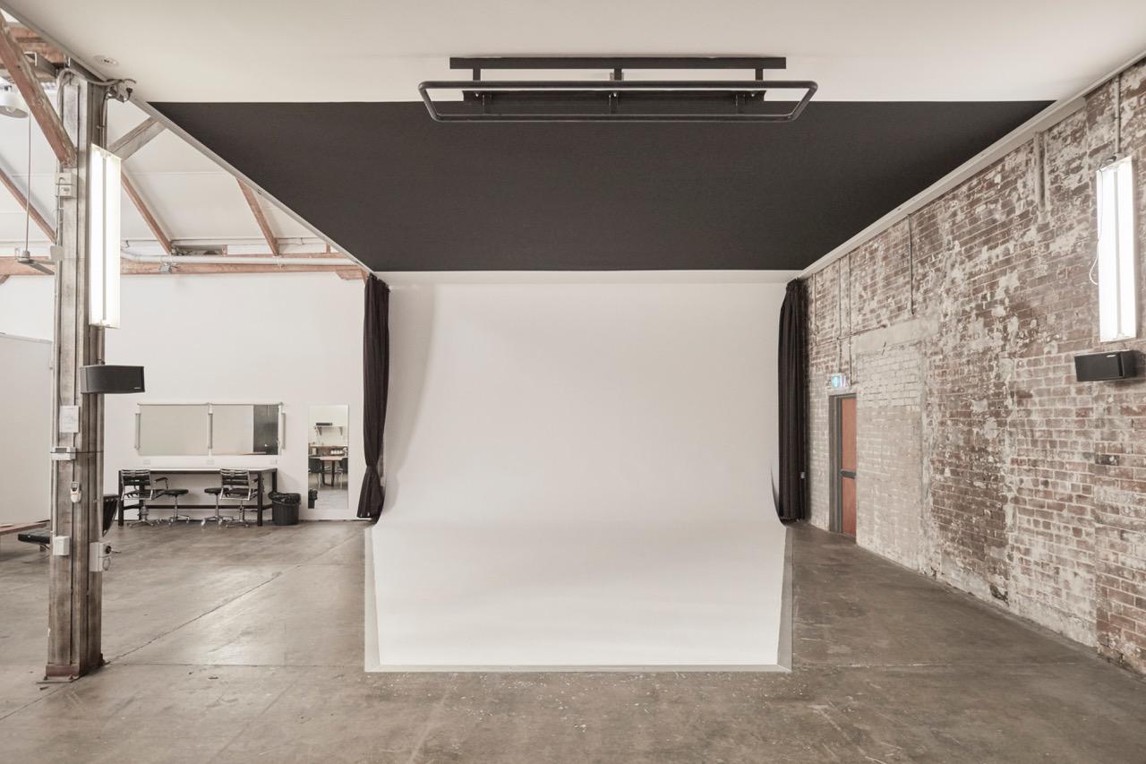 Studio & Lighting Essentials