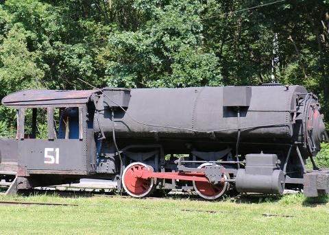 coal_black_train